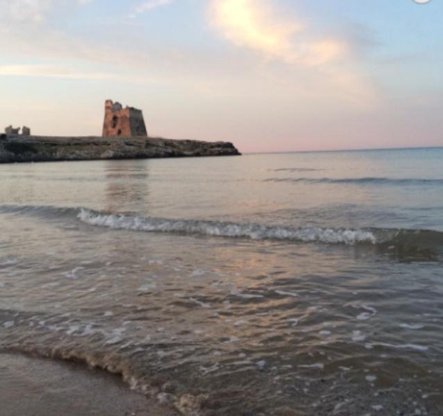 torre spiaggia villaggio gargano peschici