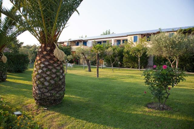 camere giardini esterne villaggio bambini gratis calabria