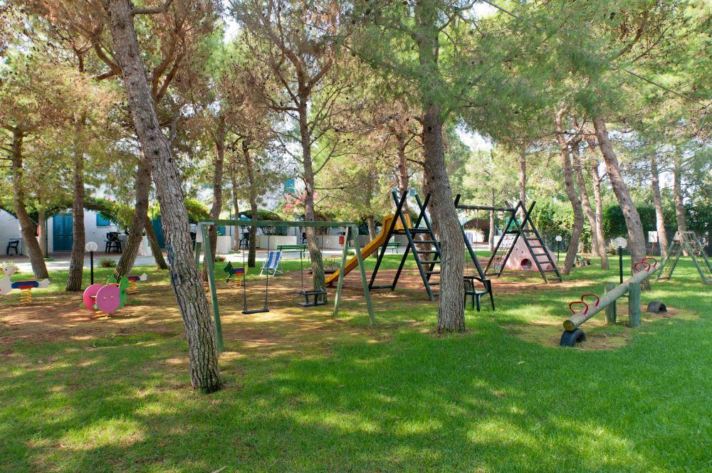 parco giochi villaggio salento lido marini