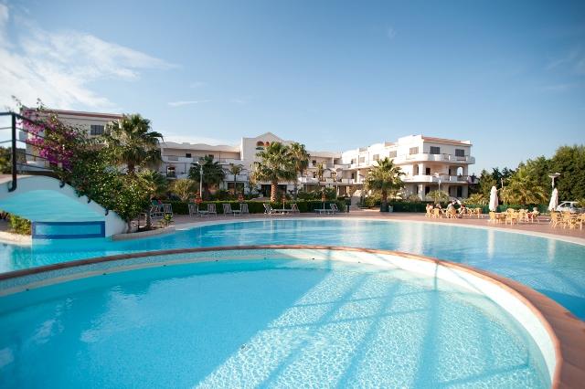 piscina hotel vieste gargano