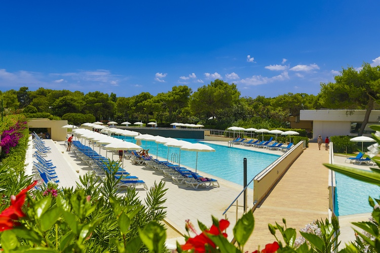 piscina otranto villaggio all inclusive