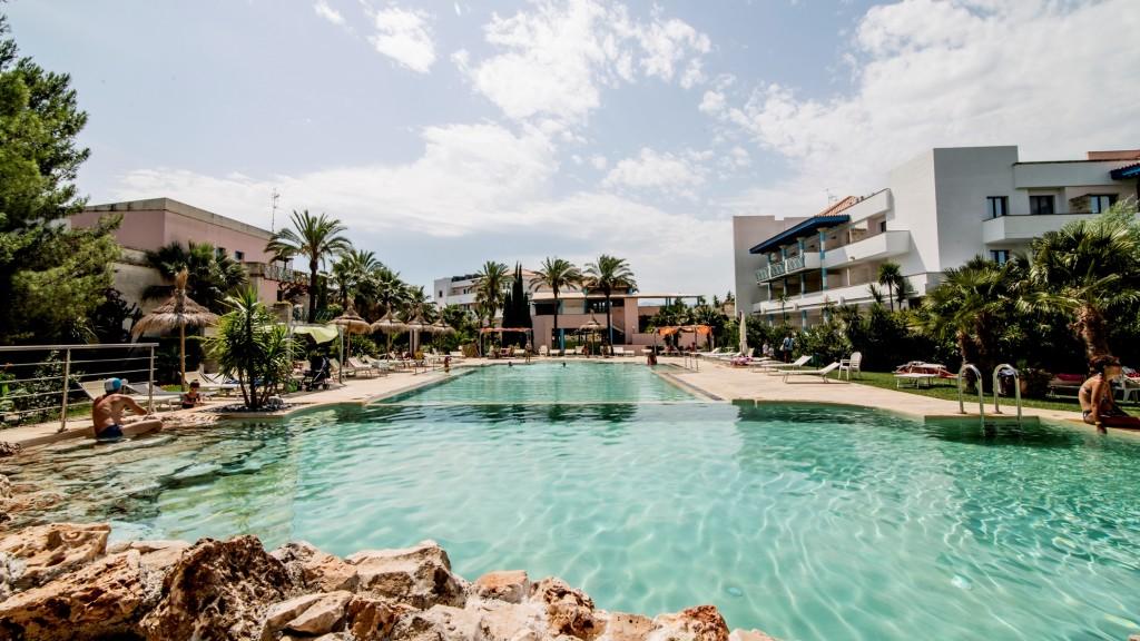 piscina villaggio basilicata sul mare