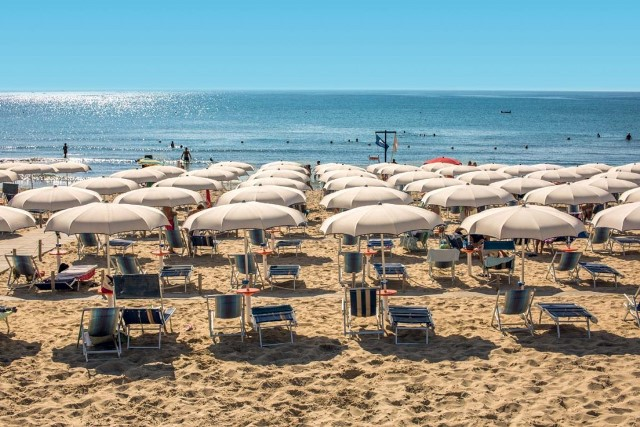 spiaggia bella hotel direttamente sul mare puglia