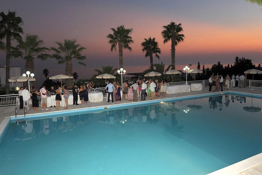 festa piscina hotel salento