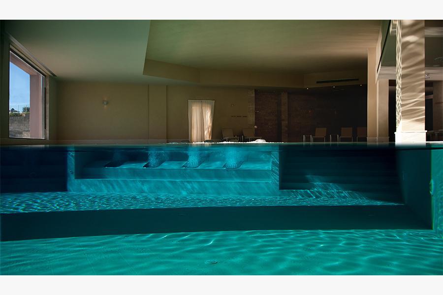 piscina benessere hotel otranto