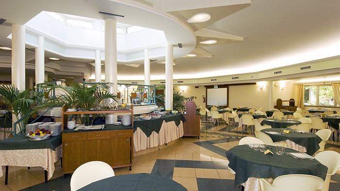 sala ristorante calabria sul mare