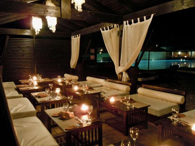 bar sera hotel otranto baia dei turcchi myapuliastyle