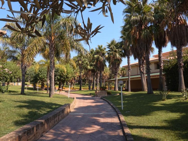 giardini interni calabria baia degli dei myapuliastyle