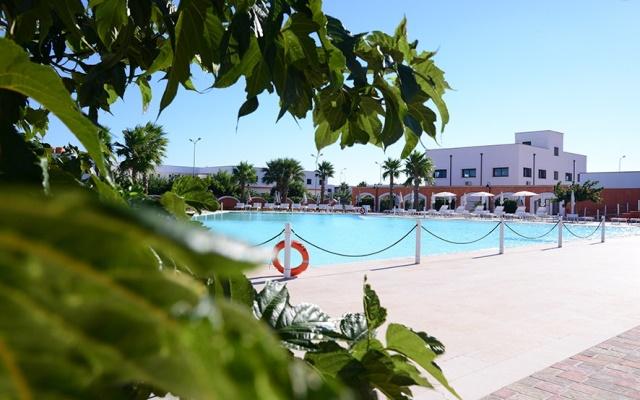 panoramica piscina torre lapillo