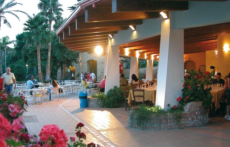 ristorante villaggio baia degli dei calabria myapuliastyle