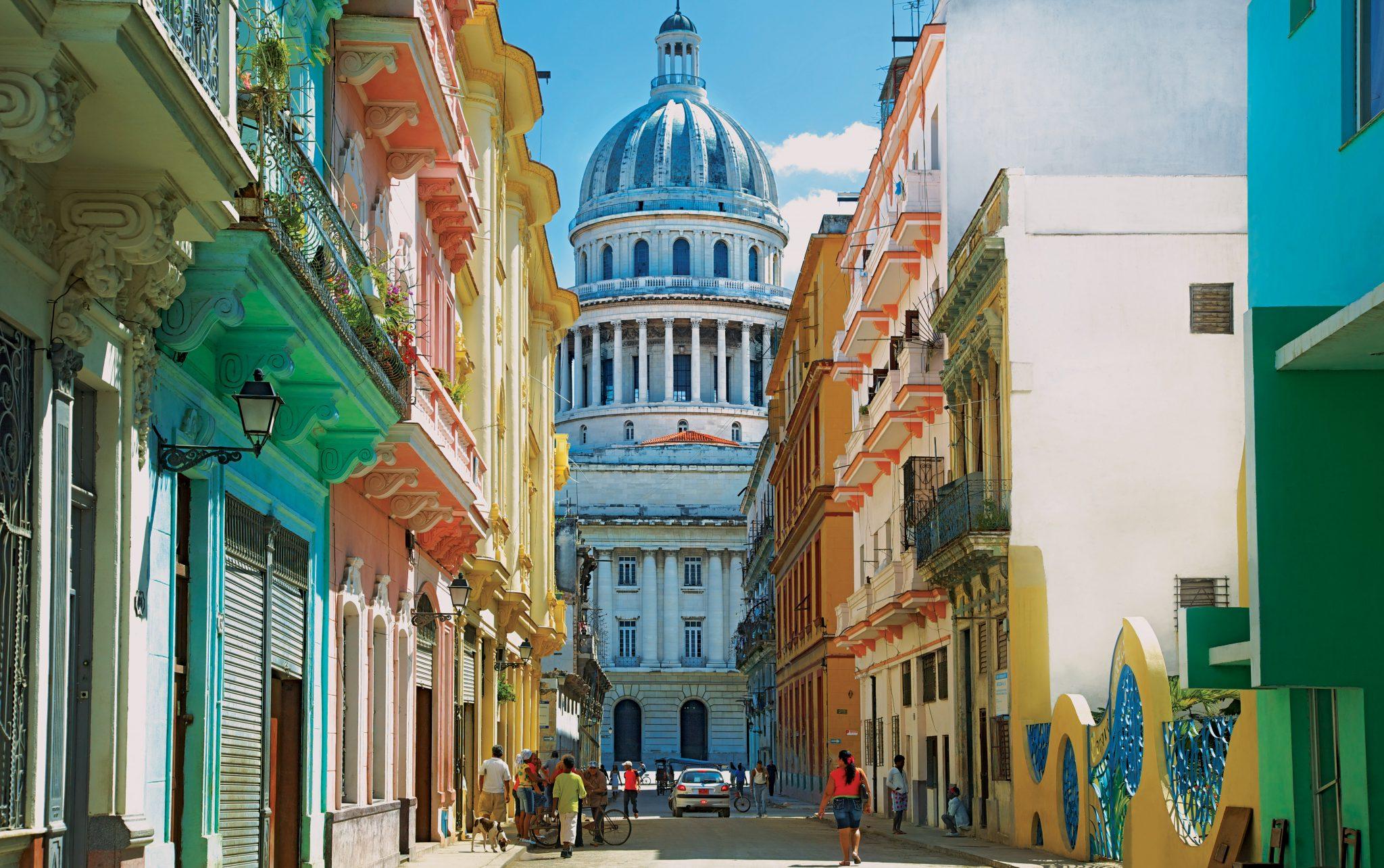 coloured-buildings_capitolio_havana_0040a2