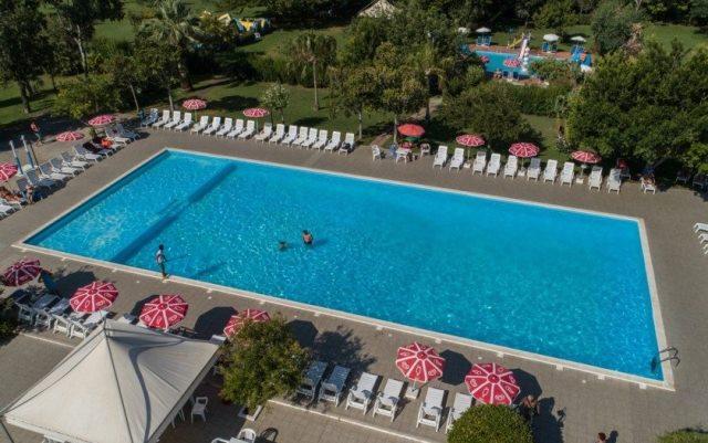 piscina villaggio club scalea sul mare